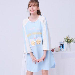 Egg Cellent, Dress