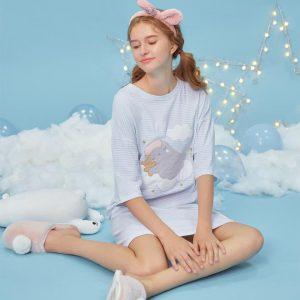 Dream on The Cloud, Dress