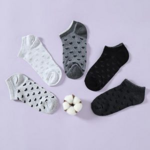 black heart ankle socks